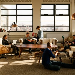 now coworking lyon espace coworking auvergne rhone alpes. Black Bedroom Furniture Sets. Home Design Ideas